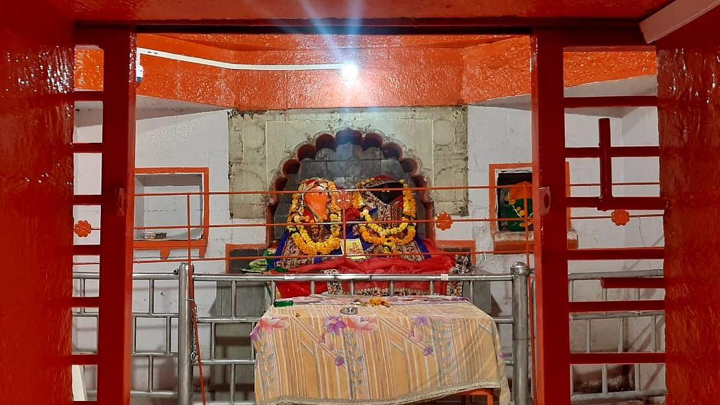 श्री घोडेश्वरी देवी मंदिरात धाडसी चोरी