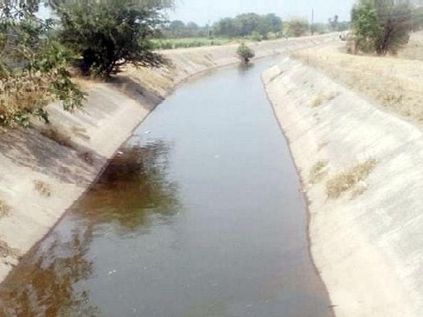 शेतकऱ्यांनी पाणी मागणी अर्ज भरा नाही तर...