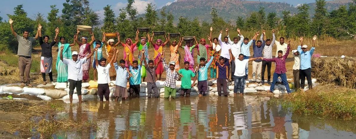 पाण्यासाठी काहीही..! मिशन जलपरिषदअंतर्गत १०१ वनराई बंधारे पूर्ण