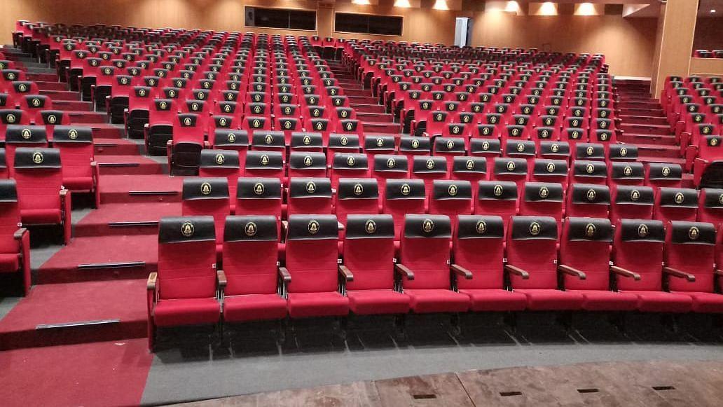 बहुप्रतीक्षित सिनेमागृह, नाट्यगृह होणार सुरु; अशी आहे नियमावली