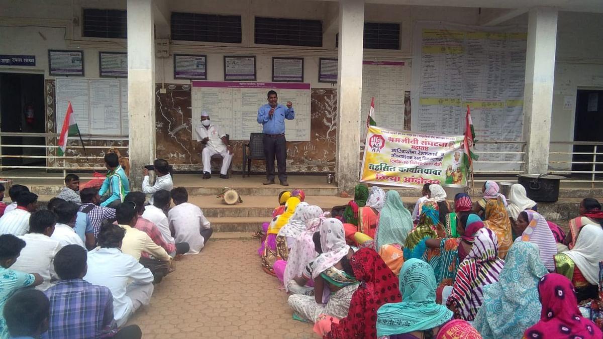 Sit-in agitation for subsidised foodgrains