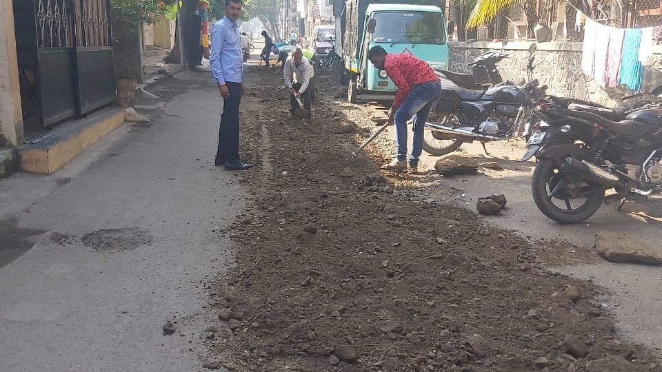 At last, work starts on the road in New Nashik