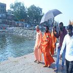 Wll meet CM to over Godavari pollution issue: Swami Someshwaranand