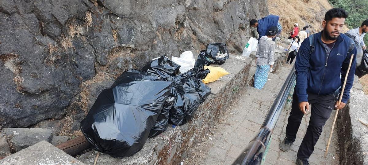 Video : नाशिक प्लाॅगर्सकडून ब्रह्मगिरी पर्वतावर स्वच्छता