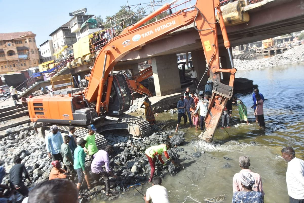 Deconcretisation of Ramgaya, Peshwa, Khandoba Kund underway