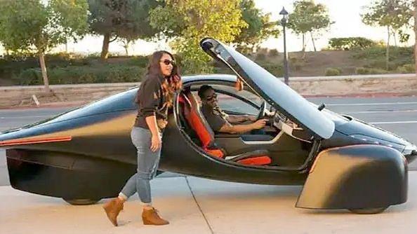 सोलर इलेक्ट्रिक कार, एका चार्ज मध्ये धावणार 1600 किमी
