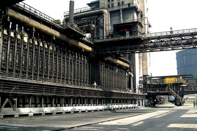 स्टील कारखान्यात विषारी वायूची गळती; चार कामगारांचा मृत्यू