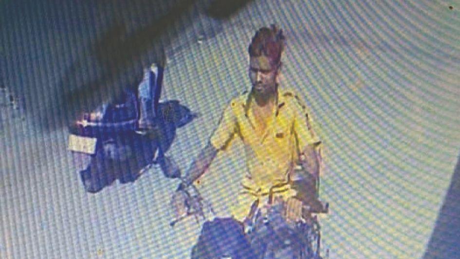 नवापुरात मोटारसायकलीची चोरी