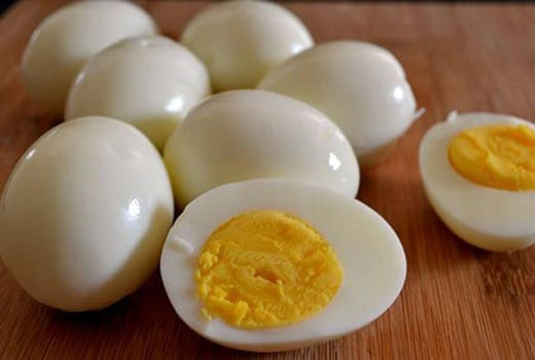 पूर्ण शिजवलेले चिकन व उकडलेली अंडी खाणे पुर्णत: सुरक्षित