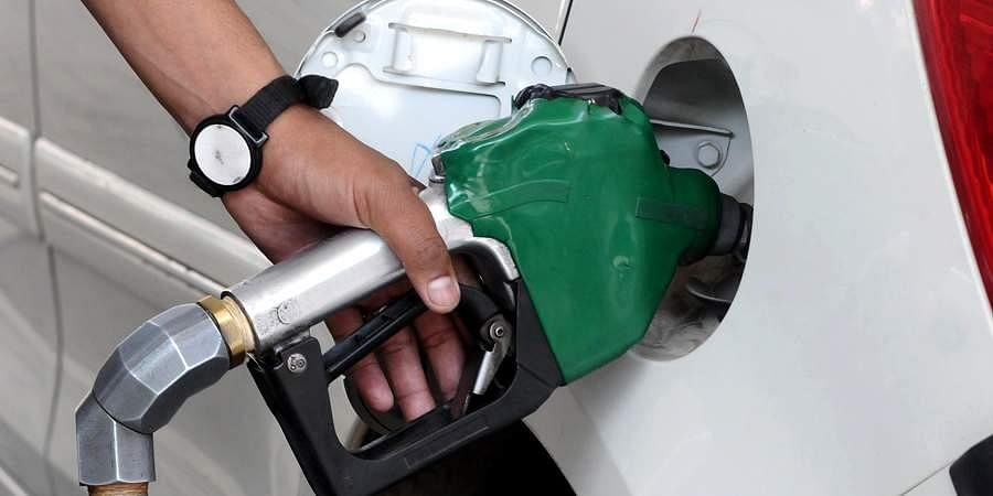Video : पेट्रोल दरवाढीने वाहनधारक त्रस्त
