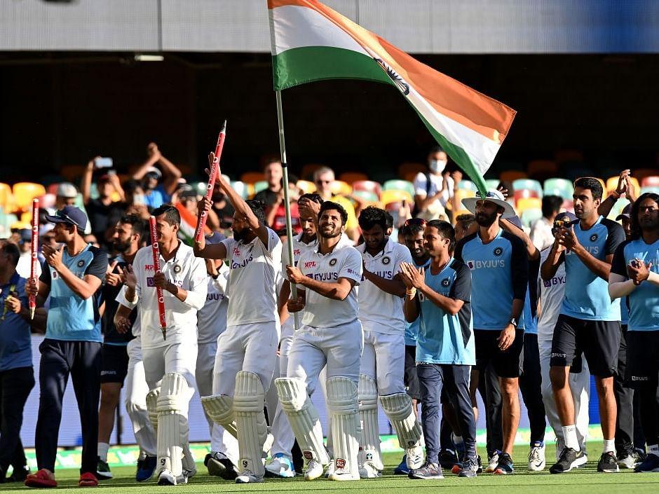ऐतिहासिक विजयानंतर टीम इंडियावर कौतुकाचा वर्षाव !
