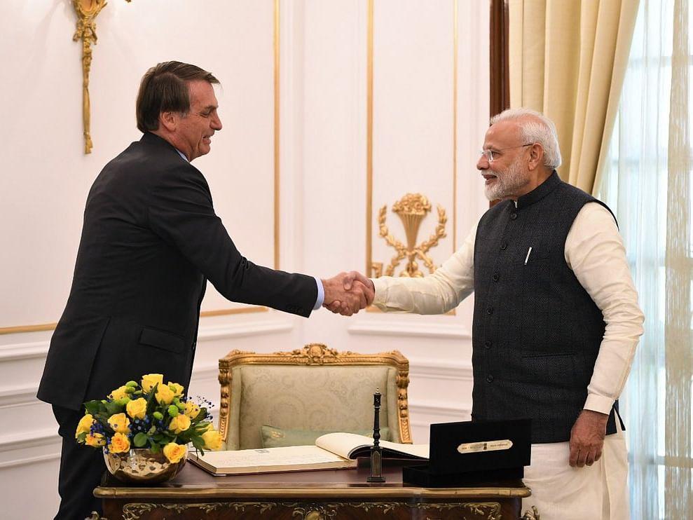 ब्राझीलच्या राष्ट्राध्यक्षांनी हनुमानाचा फोटो ट्विट करत मानले भारताचे आभार