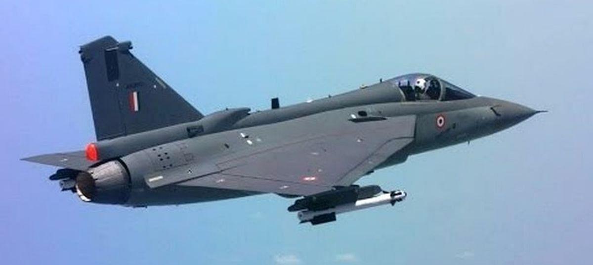 भारतीय हवाई दलाच्या ताफ्यात अत्याधूनिक  83 तेजस विमानं