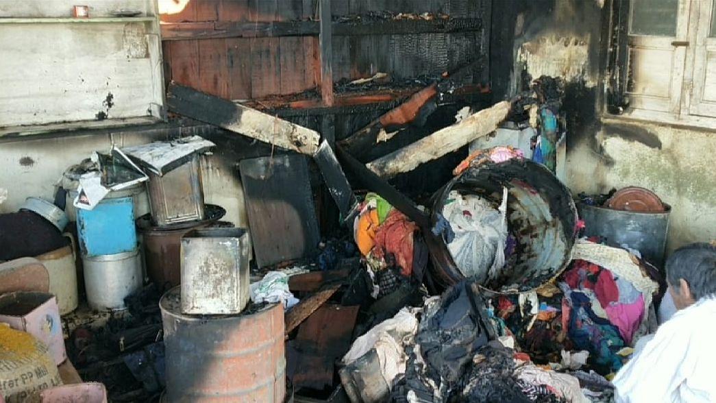 जळगावात तिसर्या मजल्यावरील घराला आग