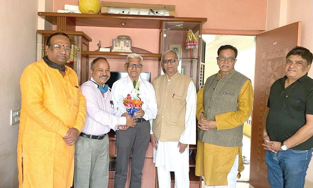 94th Marathi literary convention : Invitation given to veteran writer Shahane