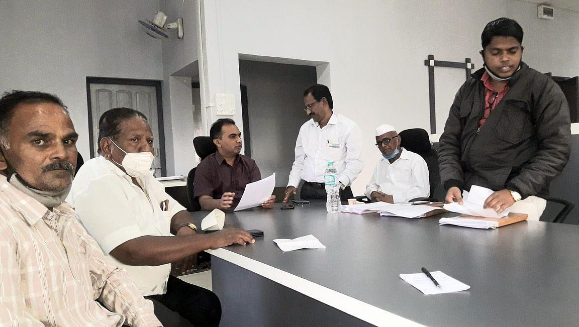 कृषी पंपाची थकबाकी माफ करावी : डॉ. धनंजय धनवटे