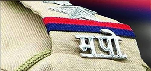 पोलिसांकडून शहरातील गुन्हेगारांची धरपकड