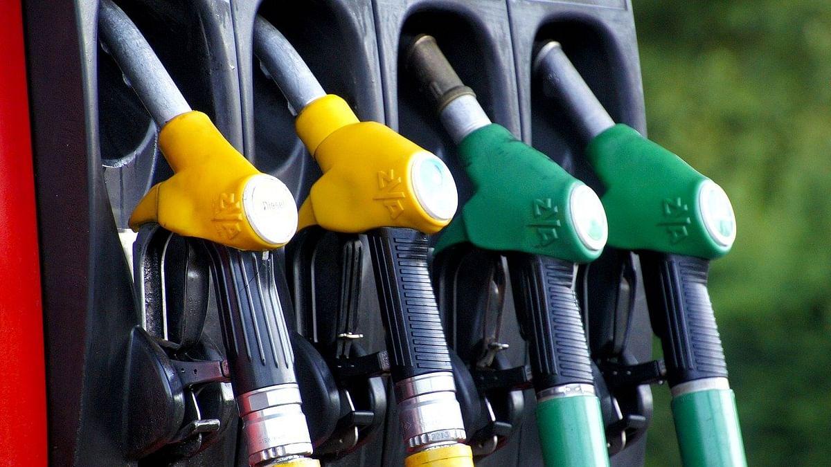 पेट्रोल-डिझेलच्या किंमतीत सलग आठव्या दिवशी वाढ; जाणून घ्या आजचे दर