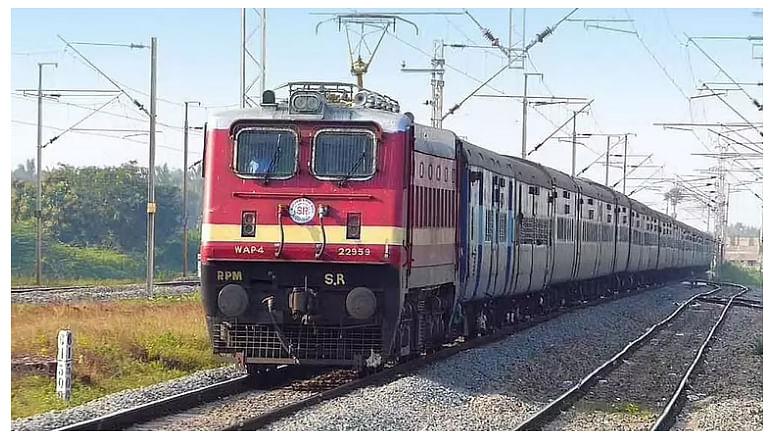 रेल्वे तिकिटांचा काळाबाजार रोखण्याची मोहीम तीव्र