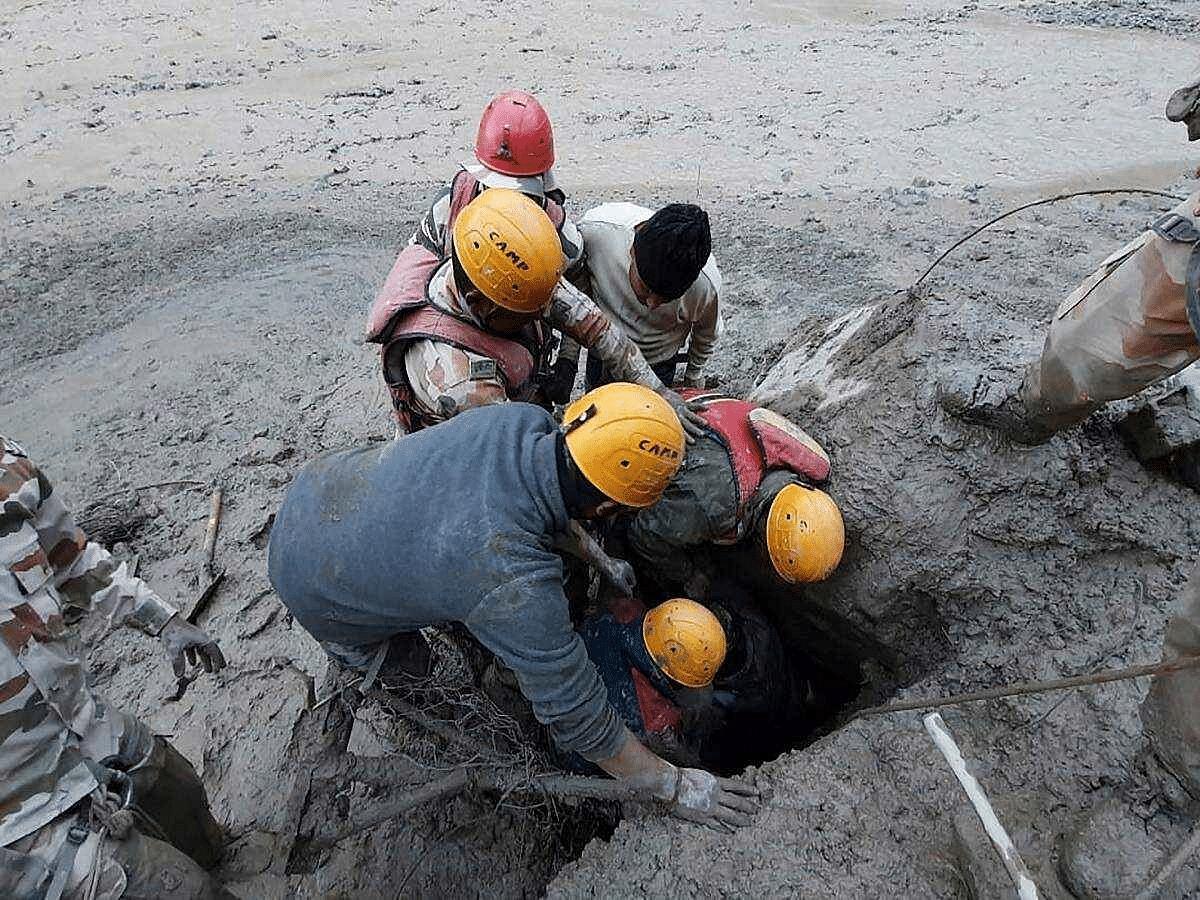 दिल्ली वार्तापत्र : पर्यावरणाचे भान राखा...