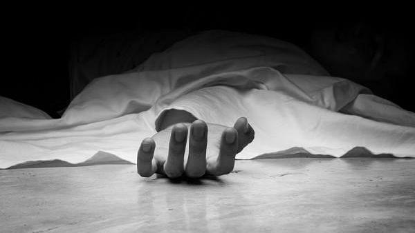 विषारी द्रव्य प्राशन करणार्या तरुणाचा उपचारादरम्यान मृत्यू