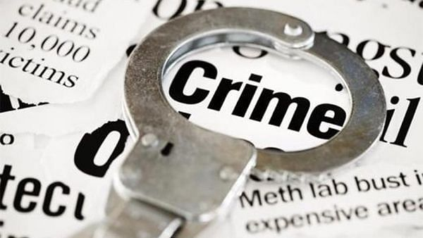 ग्राहकांनी हप्ता भरण्यासाठी दिलेल्या रकमेवर वसुली अधिकार्याचा डल्ला
