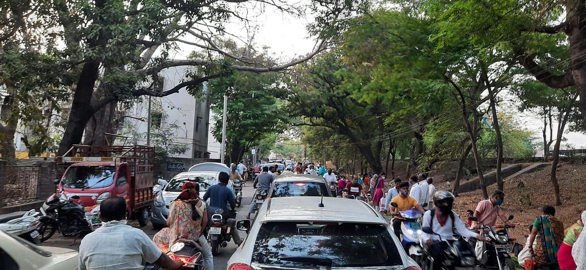 श्रीरामपूर नगरपालिकेने आठवडे बाजाराचे योग्य नियोजन करावे - करण ससाणे
