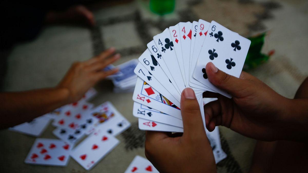 जुगार अड्ड्यावर छापा ; पाच जणांविरोधात गुन्हा दाखल