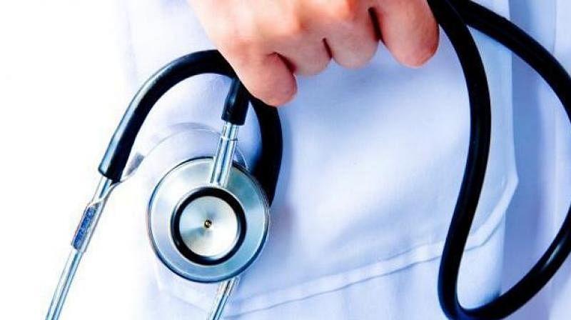 साईबाबा संस्थानच्या डॉक्टरांनी खाजगी कोविड सेंटरमध्ये सेवा देण्यास मनाई