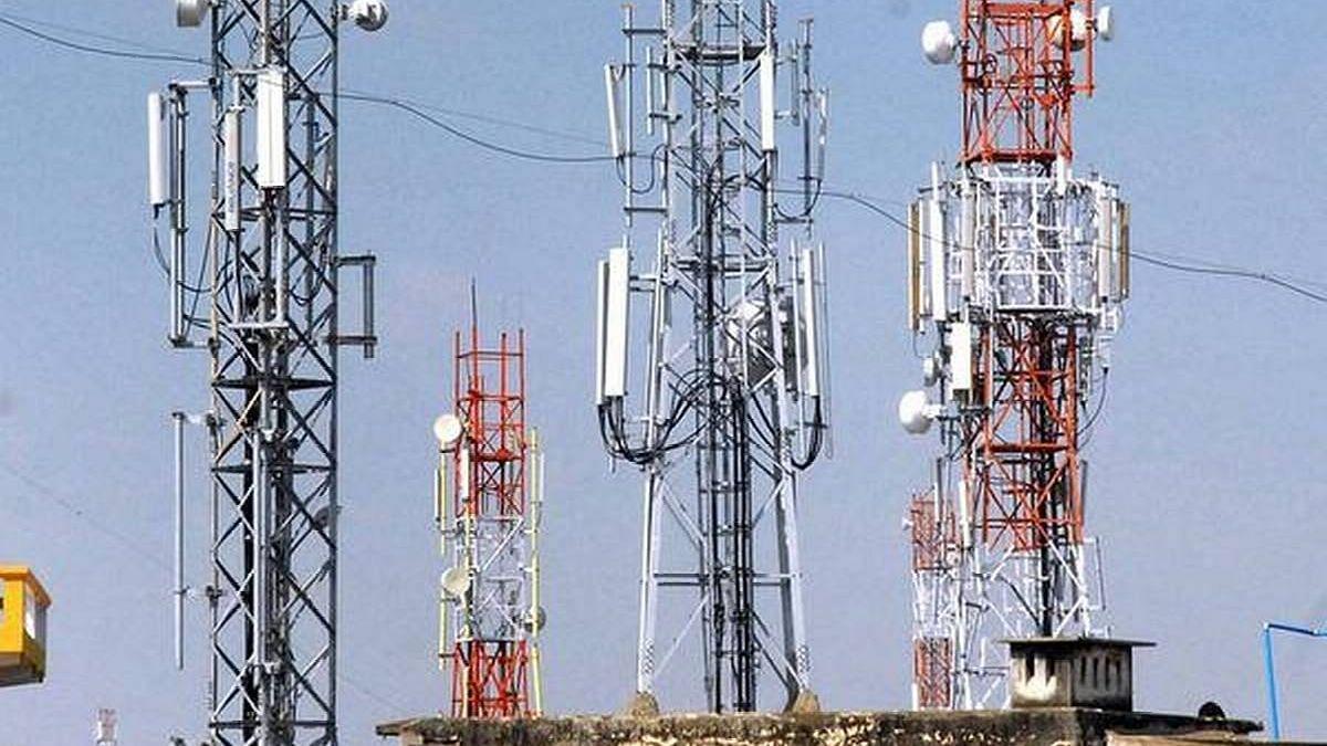 मोबाइल टॉवरच्या बॅटर्याया चोरणार्या टोळीचा पर्दाफाश