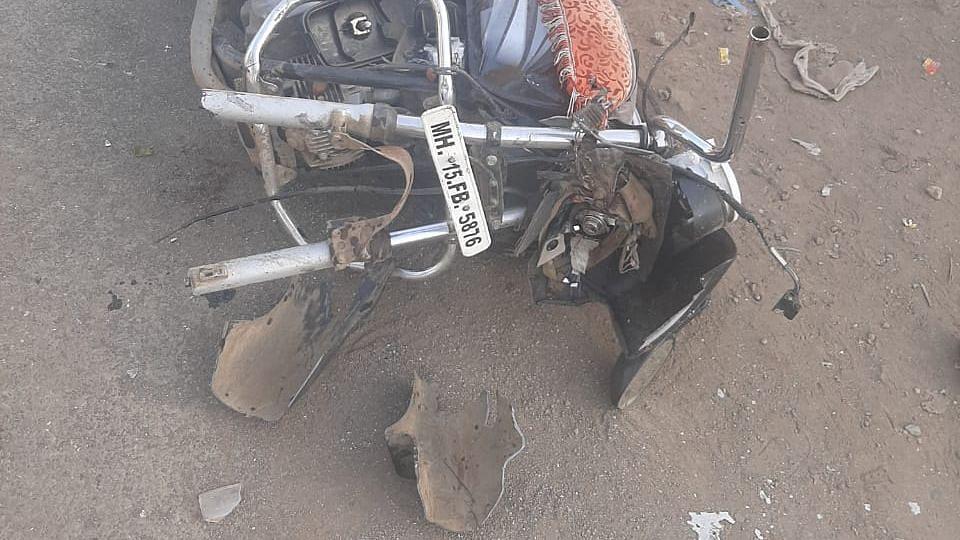 व्हिडिओ स्टोरी : भूमिगत पाईपलाईन टाकण्याचे काम सुरू असणाऱ्या रस्त्यावर दोघांचा मृत्यू