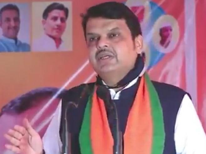 महाराष्ट्रात सध्या 'लोकशाही' नसून 'लॉकशाही'