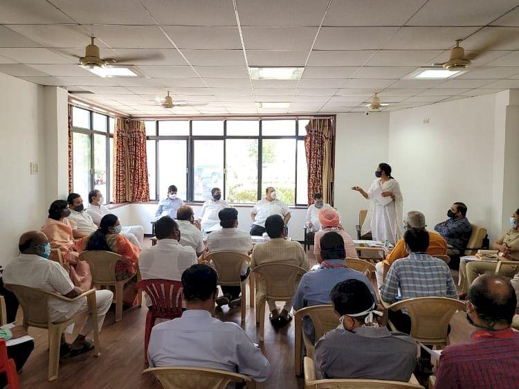 श्रीरामपुरात कडक निर्बंधासह जनता कर्फ्यु पाळावा; पालकमंत्र्यांचे आवाहन