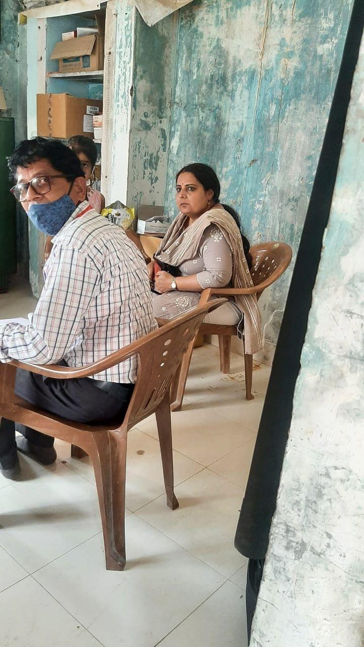 नांदुरी आरोग्य उपकेंद्राकडे डॉक्टरांचे दुर्लक्ष