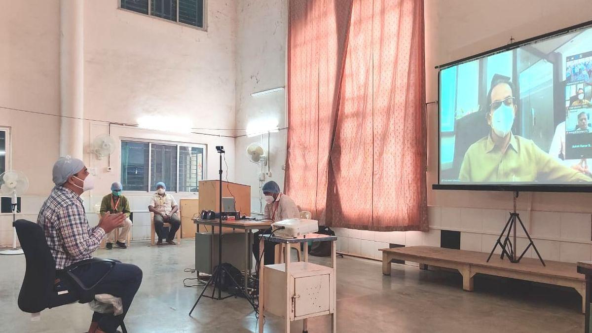 डॉ. झाकीर हुसेन रुग्णालयाच्या अधिकारी आणि कर्मचाऱ्यांशी मुख्यमंत्र्यांनी साधला संवाद