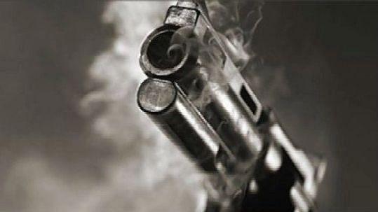 चौघुले प्लॉट गोळीबार प्रकरणी पाच जणांना अटक