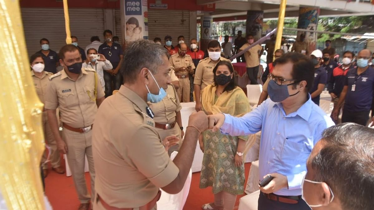 CP interacts with special police