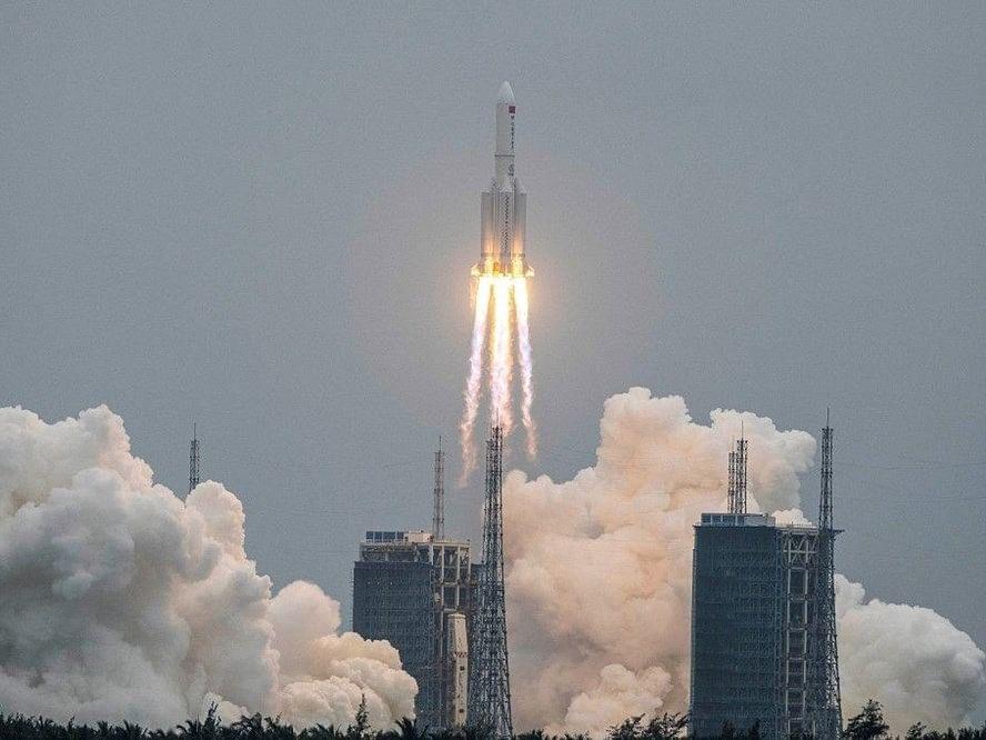 धोका टळला! चीनचे 'ते' अनियंत्रित रॉकेट अखेर कोसळले