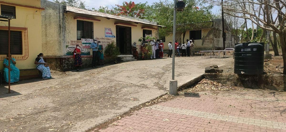 लसीसाठी नाशिककरांची ग्रामीण भागात धाव