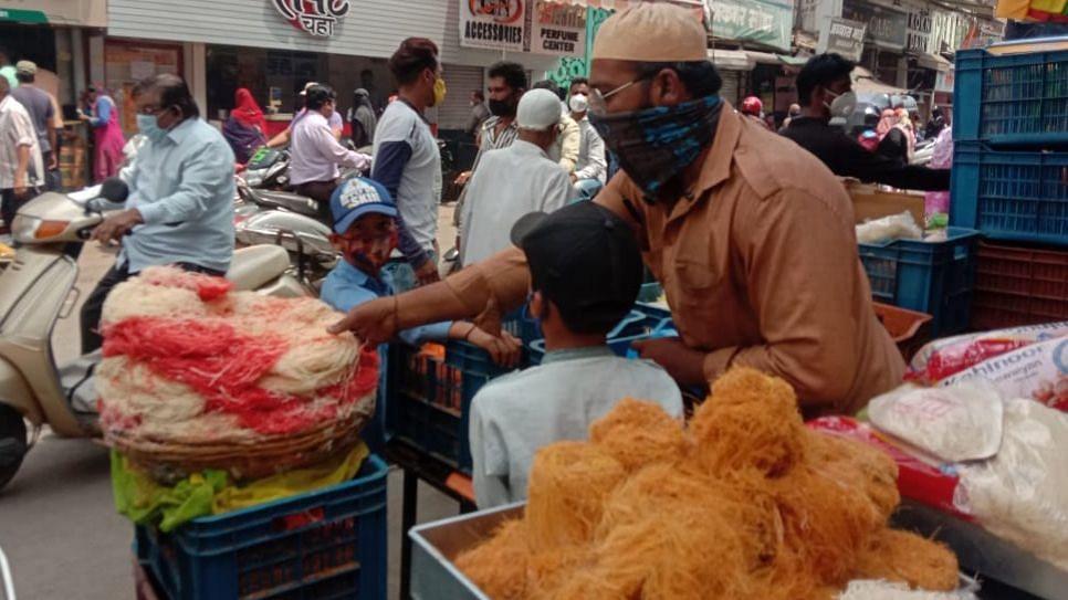 सुत्तर फेणी बाजारात; ईद तयारी संथ गतीने