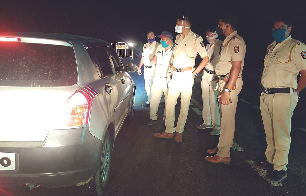 मराठवाडा सीमेवर नेवासा पोलिसांची रात्री नाकाबंदी