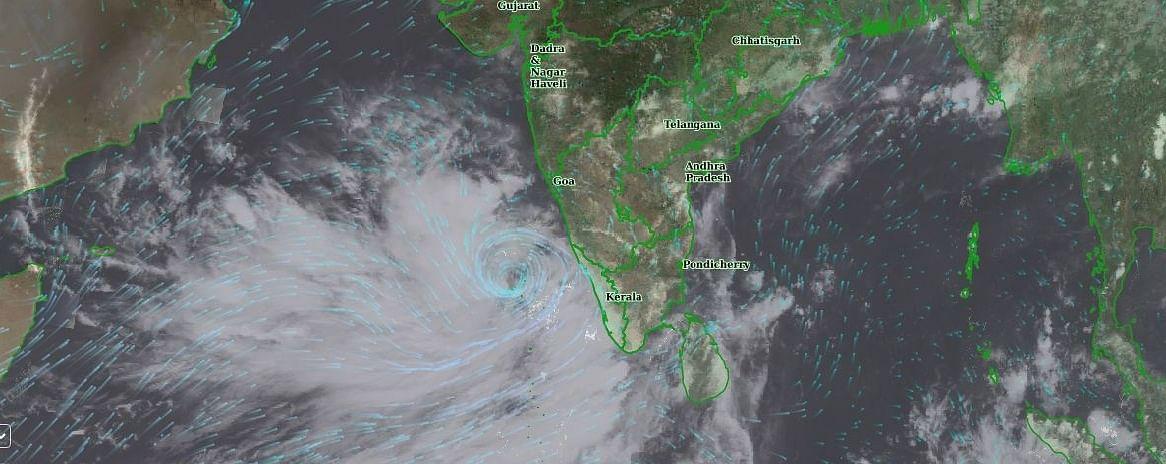 Cyclone Tauktae : तौत्के चक्रीवादळाचा राज्याला धोका, यंत्रणा सज्ज