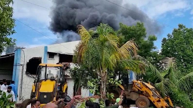 एसव्हीएस कंपनीच्या भीषण आगीत मृत्यूमुखी पडलेल्यांचे मृतदेह नातेवाईकांच्या ताब्यात