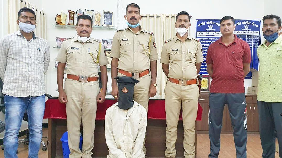 महिलेस लुटणारा जलालपूरचा 'राजू' पोलिसांकडून जेरबंद