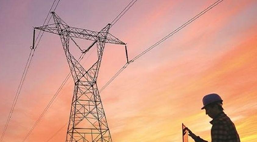 उच्चदाब विद्युत वितरण प्रणालीचे कामे जलद गतीने पूर्ण करा - ऊर्जामंत्री राऊत यांचे निर्देश