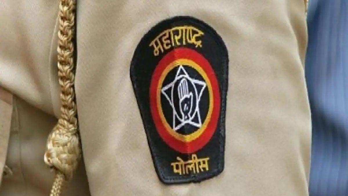 'त्या' 727 पोलीस अधिकार्यांची मुंबईबाहेर बदली