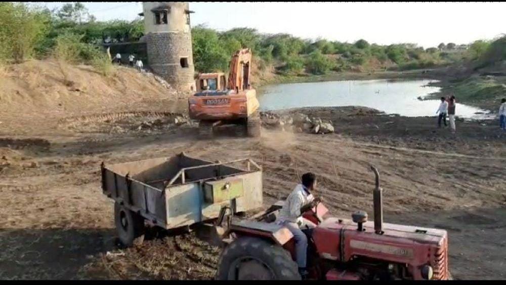 मलकापूर : नळगंगा नदी पात्रात जलक्रांती
