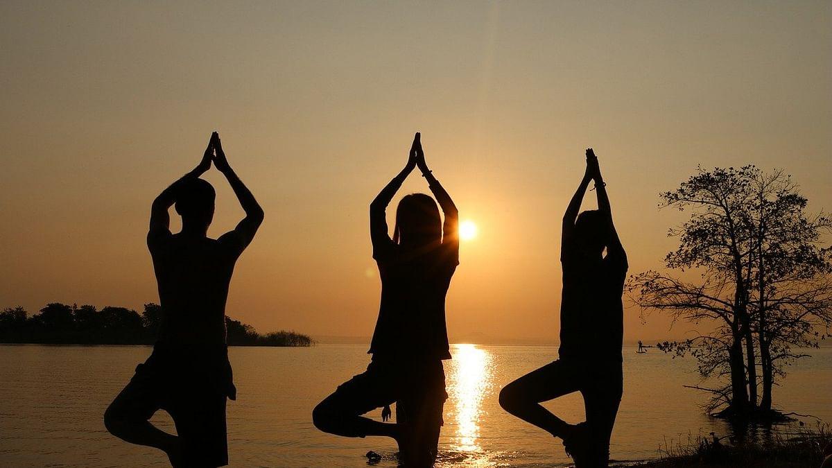 International Yoga Day 2021 : 'आंतरराष्ट्रीय योग दिन' २१ जून रोजीच का साजरा केला जातो?
