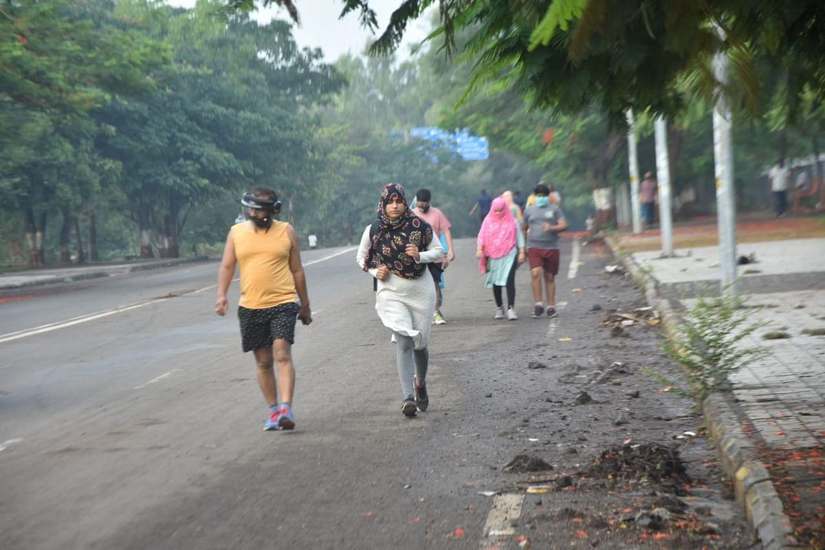 Photo Gallery : अनलॉकनंतर मॉर्निंग वॉकला गर्दी