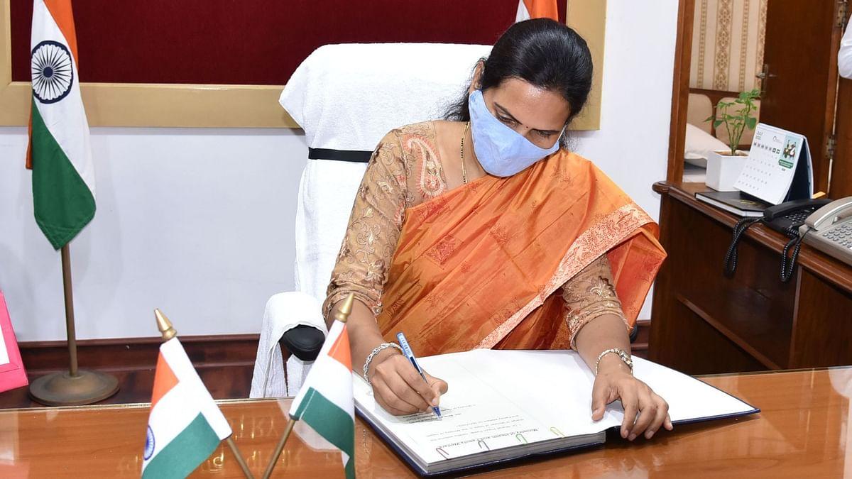 आमच्या गप्पा : आरोग्य आणि कुटुंब कल्याण राज्यमंत्री डॉ भारती पवार यांच्याशी गप्पा
